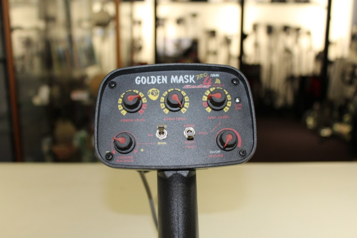 Occasion Golden Mask 4 W PRO WS105 model 2016