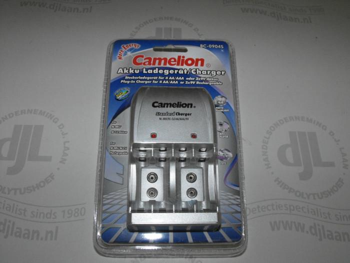 Camelion lader t.b.v. AA, AAA en 9V batterijen