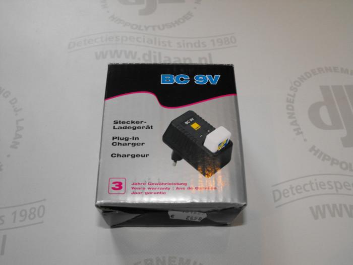 Stekkerlader t.b.v. 9V batterij