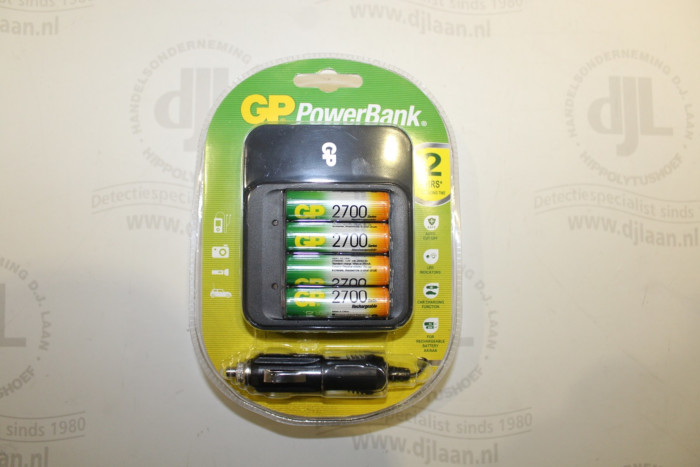 GP Powerbank 550 incl. 4 x 2700 mAh oplaadbare batterijen